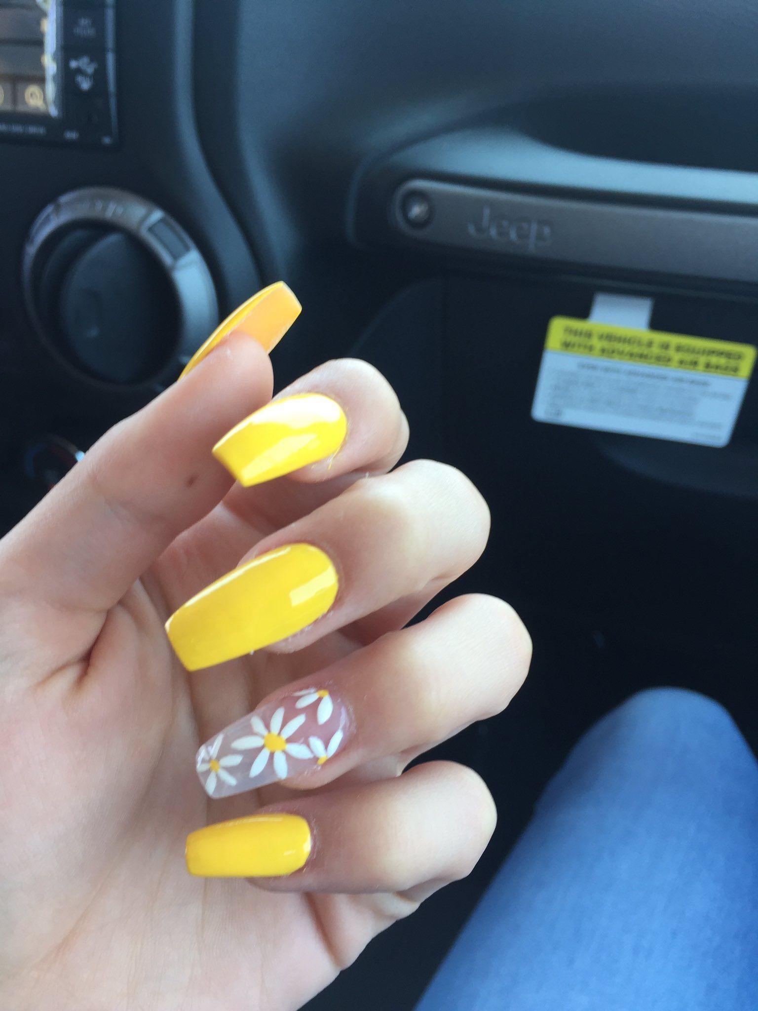 30 Cute Nail Art That You Will Love Sunflower Nails Yellow Nails Fake Nails