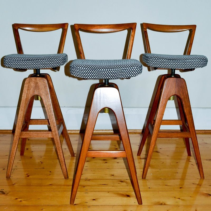 Image Of Th Brown Swivel Bar Stools With Images Bar Stools