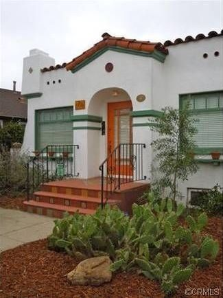 Long Beach Bungalow With A Distinctive Art Deco Touch More Typical Of Florida Spanish Bungalows BungalowSpanish Style HomesSpanish