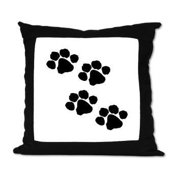 Love the paw prints!