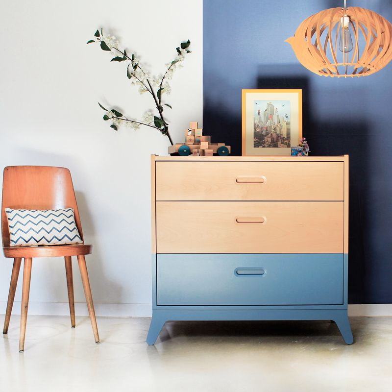Chest of drawers wood and blue made by Nobodinoz. Find it at Smallable http://en.smallable.com/5057-nobodinoz