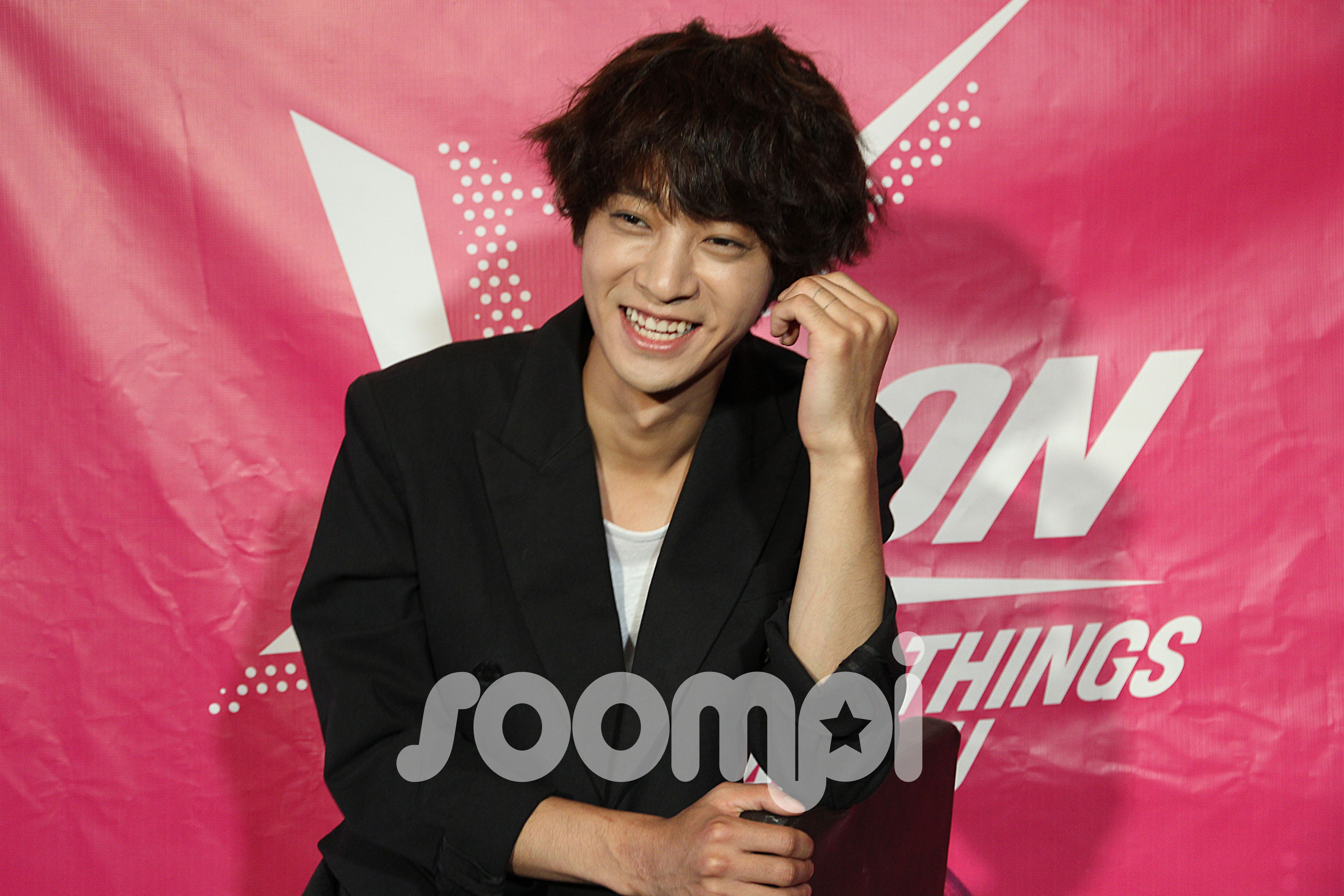 Interview @Soompi @KCon   Little Andrew   Jung joon young