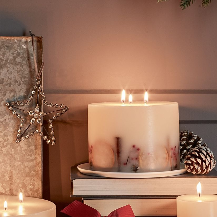Winter Botanical Large Candle Candles The White Company Uk Large Candles Candles Gift Decorations