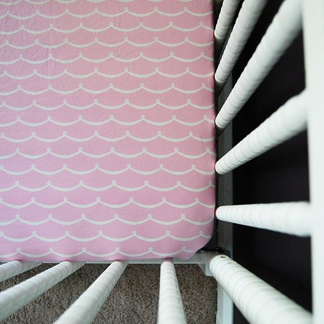 This pretty pink scallop sheet is perfect for a #mermaid nursery, don't you think? Check it out in our shop! #etsy #buylocal #buyhandmade #madewithlove #nursery #babylove #cribsheet #cutestcrib #eciedesigns #newbaby #linkinbio