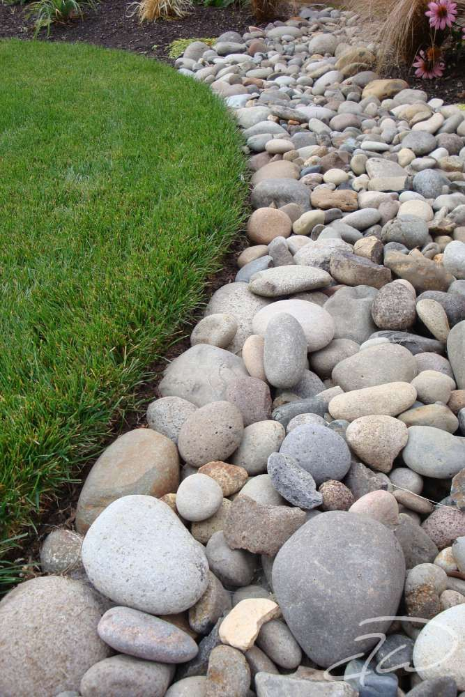 Instead Of Mulch Or Pine Straw In The Planters Use River Rock I D Probably Go With Landscaping With Rocks Decorative Rock Landscaping River Rock Landscaping