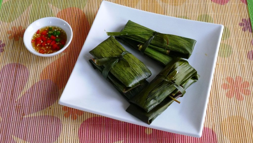 Recipe Clear Dumpling Wrapped In Banana Leaf Banh Bot Loc La Recipes Dinner Recipes Easy Dinner