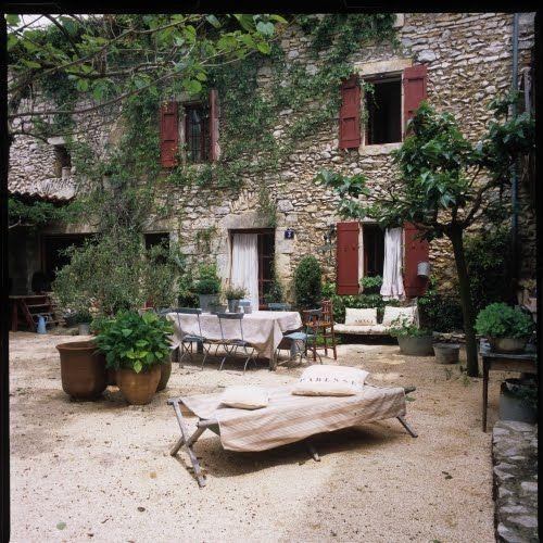 Las cosas de bea con mucho amor casa de campo en la provenza jard n y terraza house old - Casas en la provenza ...