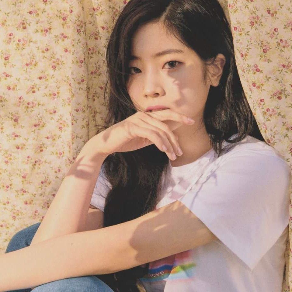 Twice-Dahyun CeCi Korea 2018 May Issue