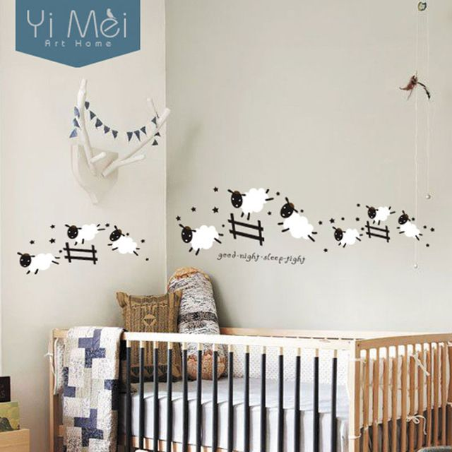 cartoon nette springender schafe zaun tapete entfernbare wandaufkleber kunst aufkleber f r baby. Black Bedroom Furniture Sets. Home Design Ideas