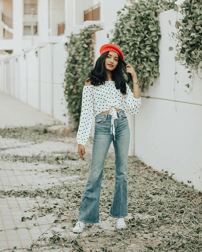 6c431ff35e5 Bootcut Jeans Outfit Ideas To Look Tall And Skinny | Cocktail hat ...
