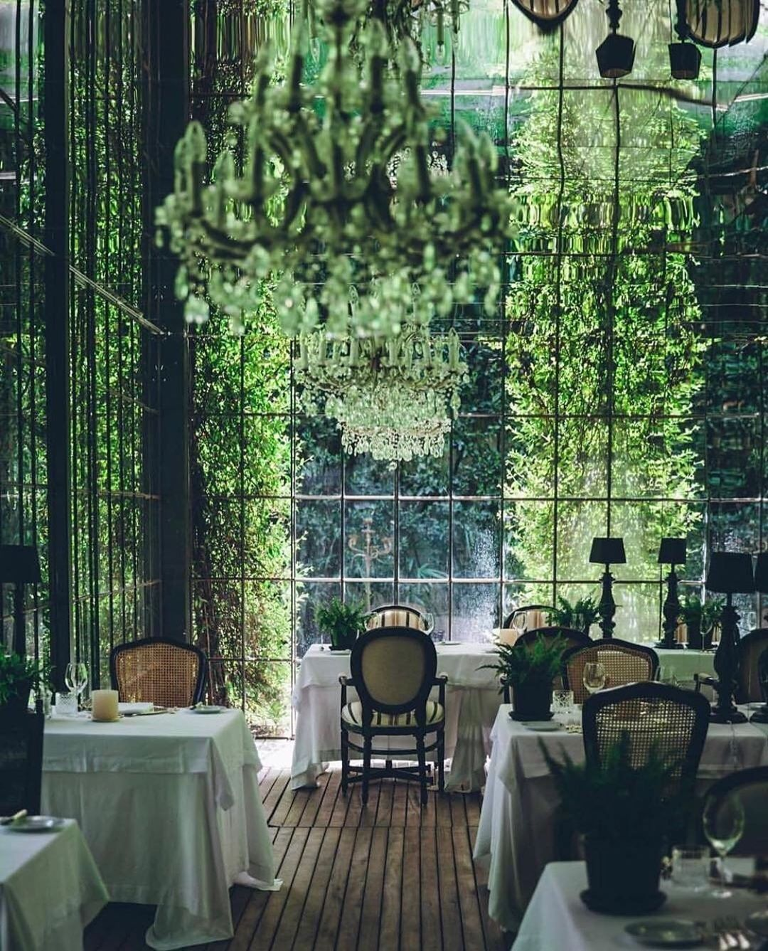 This restaurant in Italy at a luxury spa resort is an epic example of the feel-good powers of biophilic design.