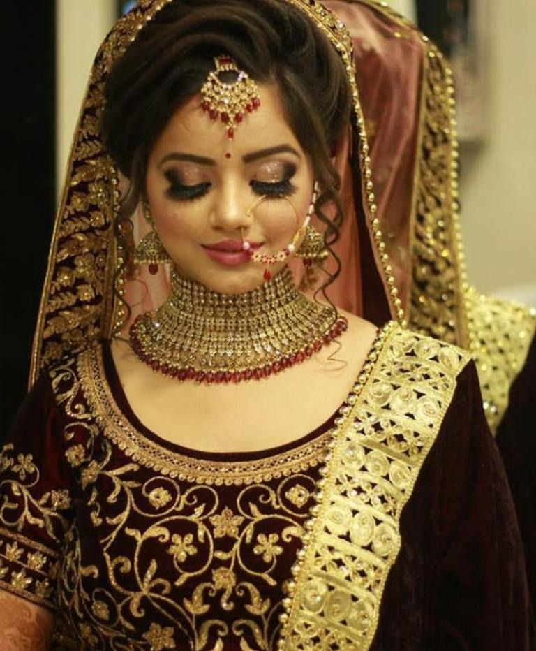 This Winter Be A Beautiful Bride As You Step Into A New World With Your Partner Get Bridal Makeup Images Indian Bride Makeup Bridal Hairstyle Indian Wedding