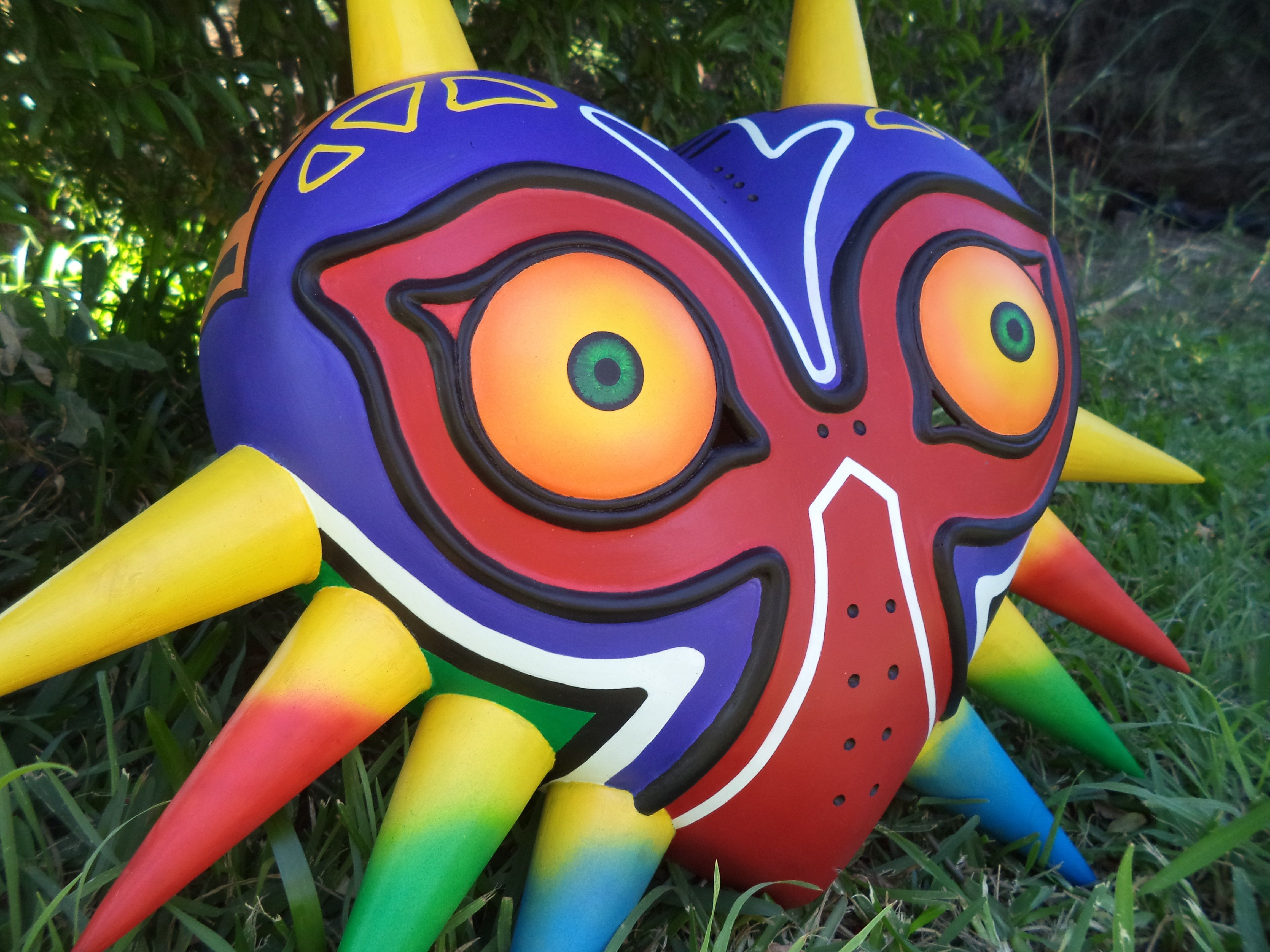 how to make a wearable majora's mask - Google Search | Projects to ...