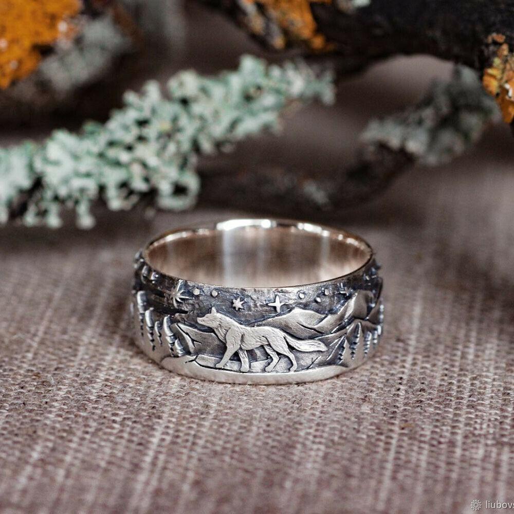 925 Silver Wolf Wedding Ring in 2020 Mens wedding rings