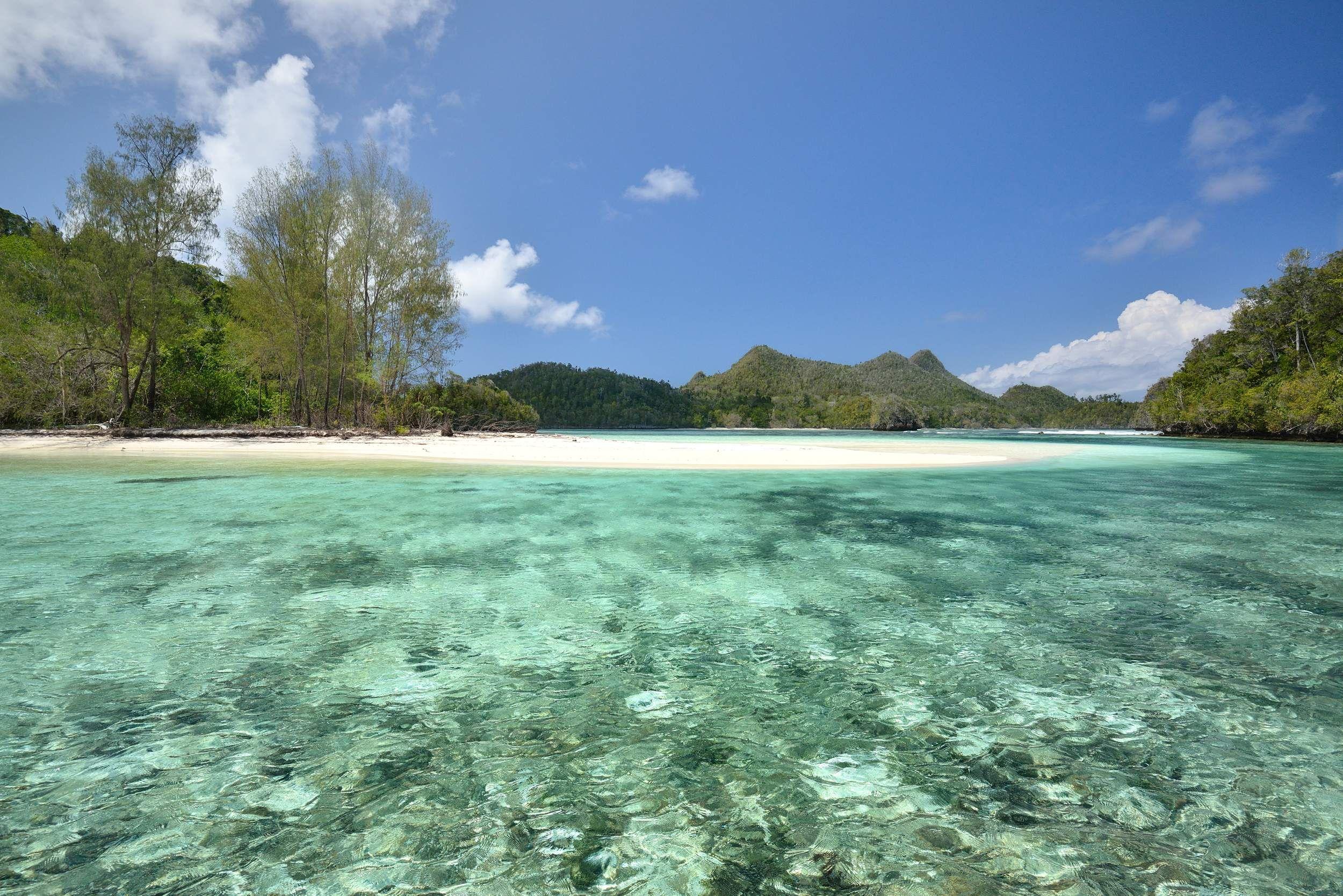 Wayag: la spiaggia perfetta