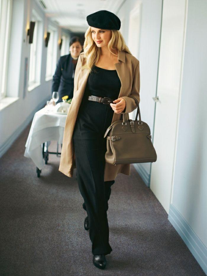 cfe567b2e7e47 elegante-Kleidung-schwarz-beige-Mantel-Tasche -französische-Mütze-schick-modern