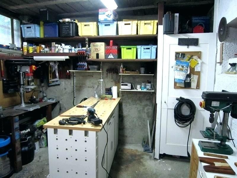 Amenager Un Garage En Atelier Son Comment 1 Garage Amenagement Placard Amenagement Atelier