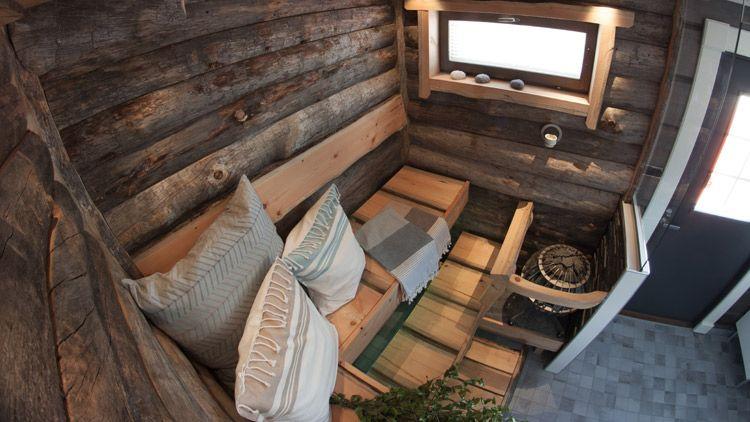 Kelopinnan kaikki yksityiskohdat ja harmahtava sävy tekee saunomisesta rauhallisen, rentouttavan kokemuksen.