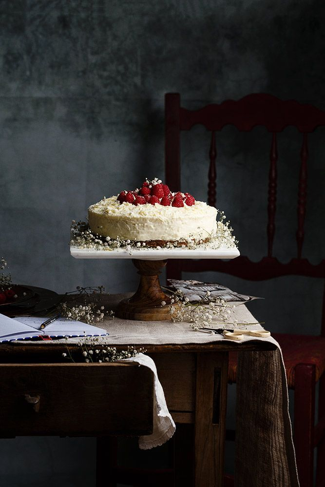 Tarta de chocolate blanco by Raquel Carmona food photography, food styling