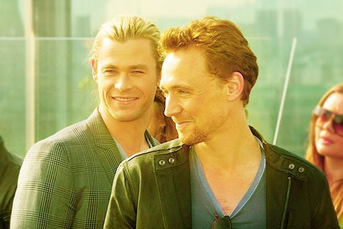 Tom Hiddleston • Chris Hemsworth • Hiddlesworth