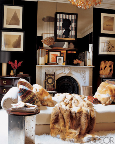 georgianadesign:    Muriel Brandolini in Elle Decor.  Mirror completely covers space above mantle