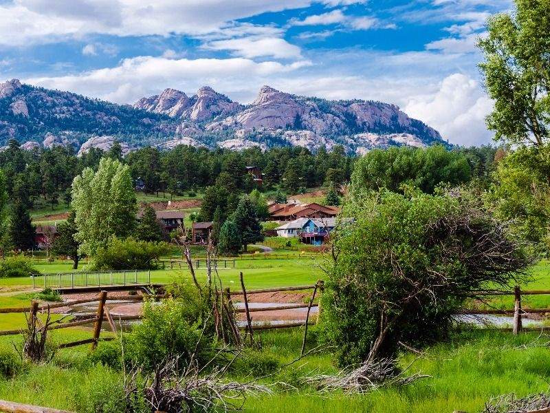 9 vacation spots in colorado the whole family can agree on