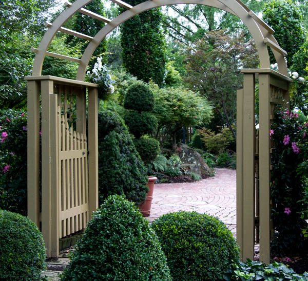 The Conservatory Is An All Glass Tropical Gardenhouse Wedding Venue Located In St Charles Mo St Lou Garden Wedding Venue Wedding Venues Conservatory Garden