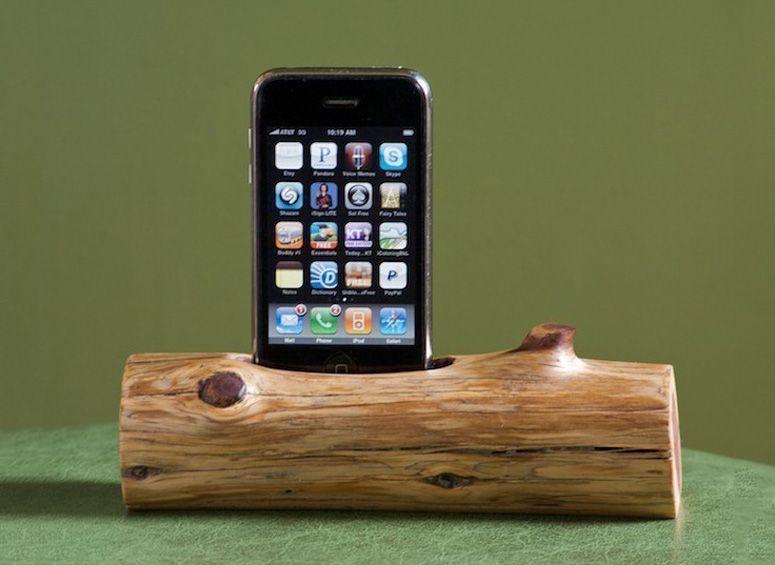 Woodtec Wooden Log   IPhone / IPod Docking Station