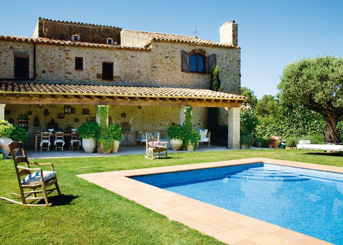 Casa y campo piscinas piscinas pinterest piscinas for Modelos de casas de campo con piscina