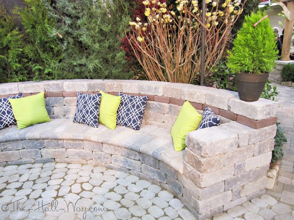 Retaining Wall Seating Paver Bench Bench Made Out Of Pavers And Retaining Wall Posies