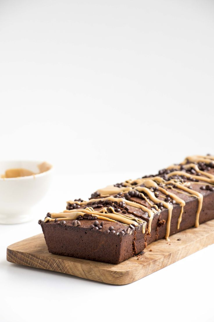 Chocolate Peanut Butter Banana Bread - A healthy, vegan and easy to make banana bread recipe that is simply moist, delicious and beautiful.
