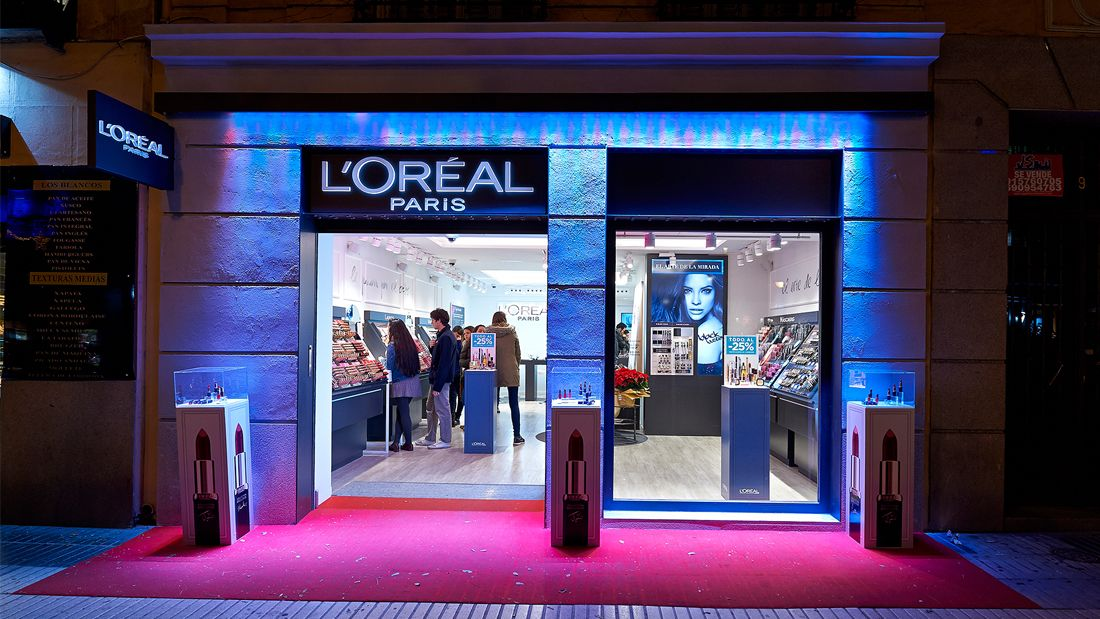 Tienda Lóreal 1 Brands Retail Storefront Display Shopping