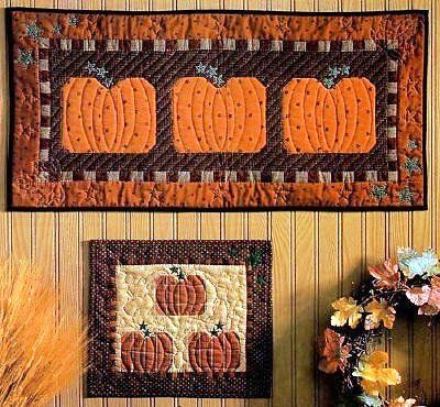 12 Halloween Wall Hanging Quilt Patterns Hidden Treasure Crafts And Quilting With Images Quilted Wall Hangings Quilted Wall Hangings Patterns Hanging Quilts