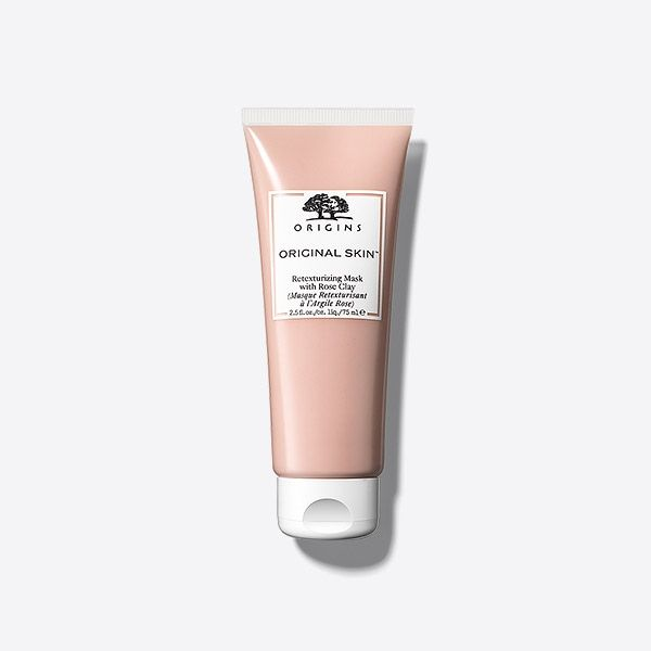 A Rose Clay mask that retexturizes skin and deep cleans to perfect pores for a naturally flawless look – no filter required. What It Does: Gently draws out dirt & debris, exfoliates to refine skin's texture & visibly minimizes the look of pores in one simple step. Skin is left looking perfected & polished. We Formulate Without: Parabens, phthalates, sodium lauryl sulfate, propylene glycol, mineral oil, DEA, petrolatum, paraffin, polyethylene beads, formaldehyde & animal ingredients*(except cruel