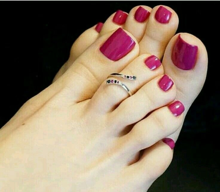 Pin by عاشقة الورد 🌷 on Accessories& Nails   Pinterest   Pedicures ...