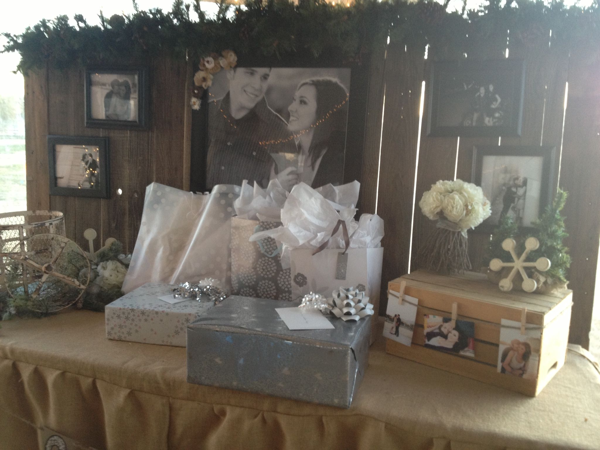 Rustic Country Wedding Decor For Gift Table