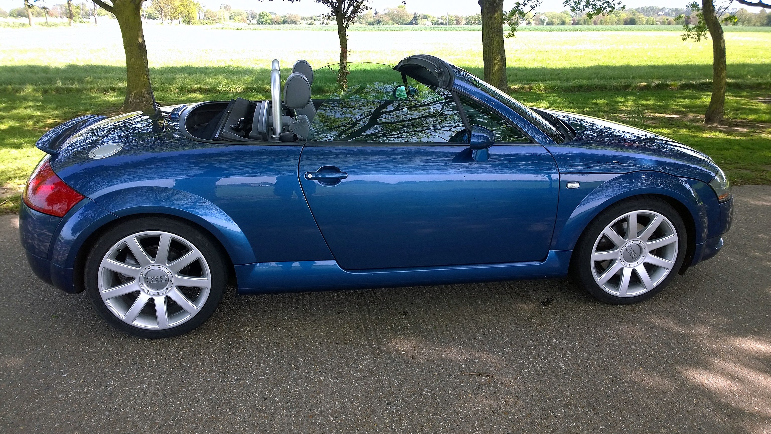 roadste broxbourne tfsi hertfordshire used line cars copy audi img beige sale for tt convertible roadster exclusive