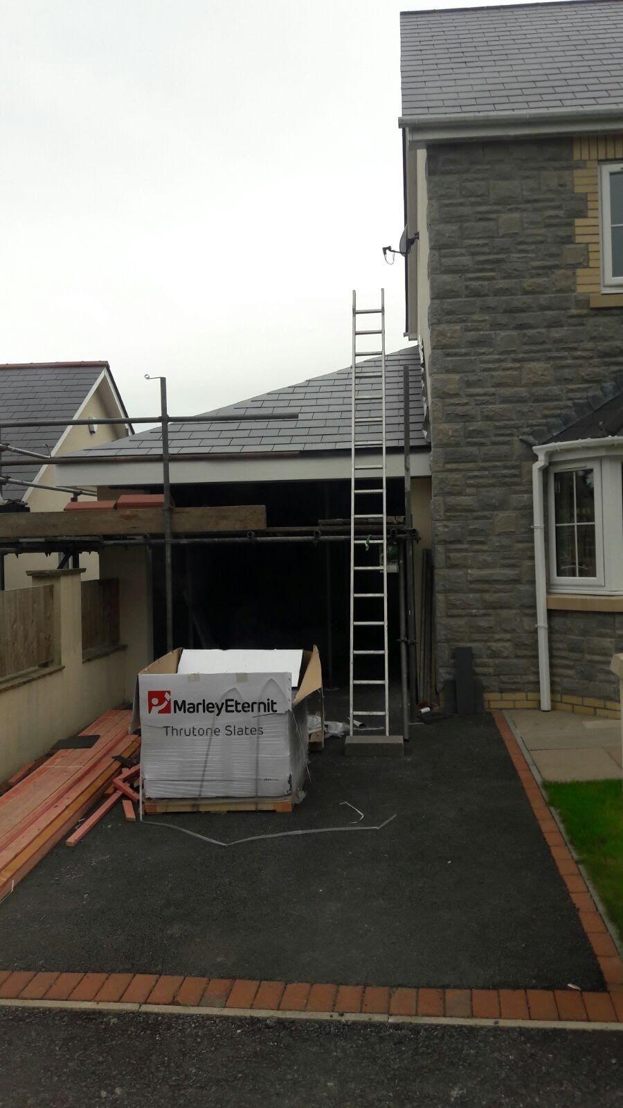 Best Garage Roof Specialists In Caerphilly Leaking Garage 400 x 300