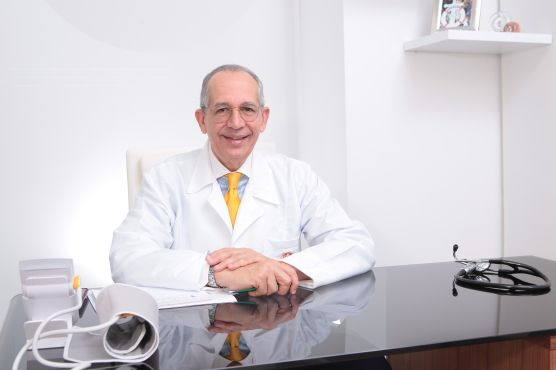 Eduardo Barciela González Médico alternativo, Internista ...