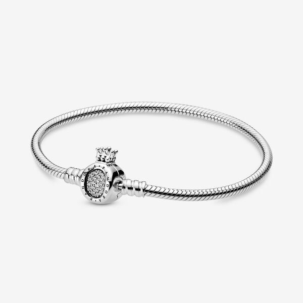 Pandora Moments Crown O Clasp Snake Chain Bracelet in 2021 | Snake ...