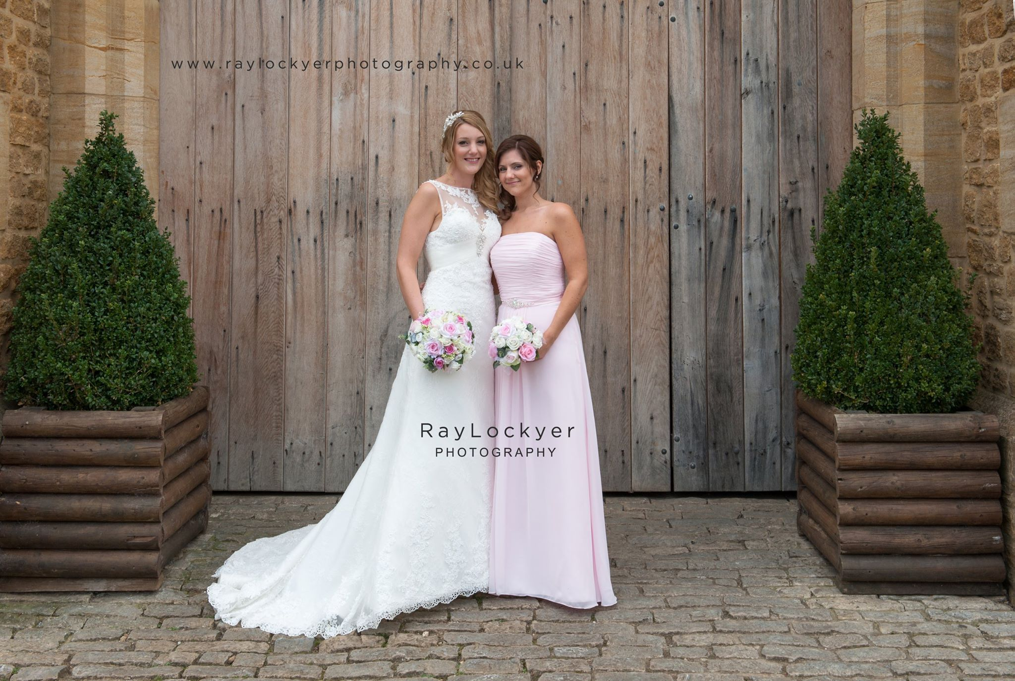 Ray Lockyer Yeovil Wedding Photographer - Bride and her Chief ...