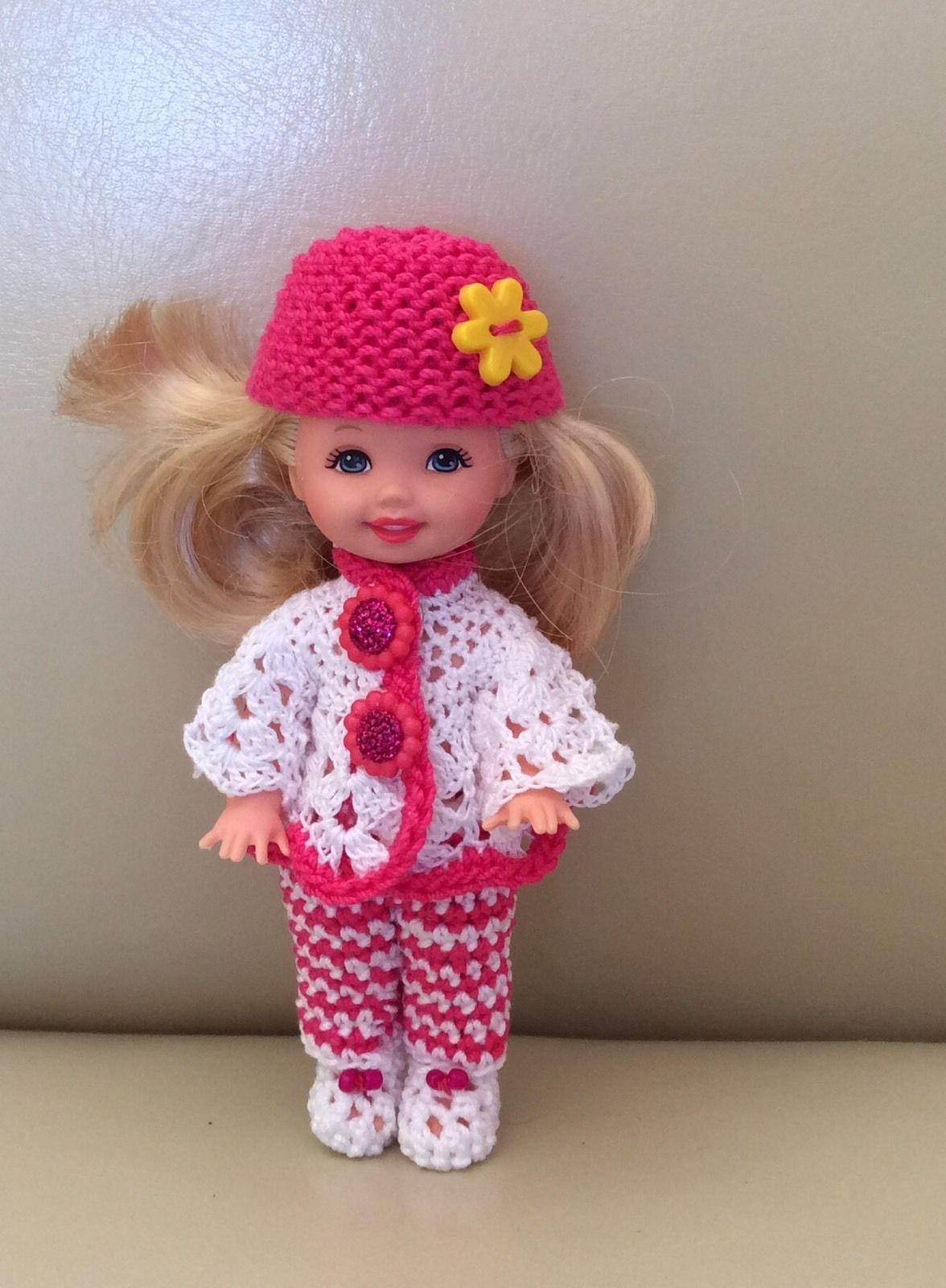 Crocheted Outfit for 41 2 Dolls Kelly and Same Size February   eBay