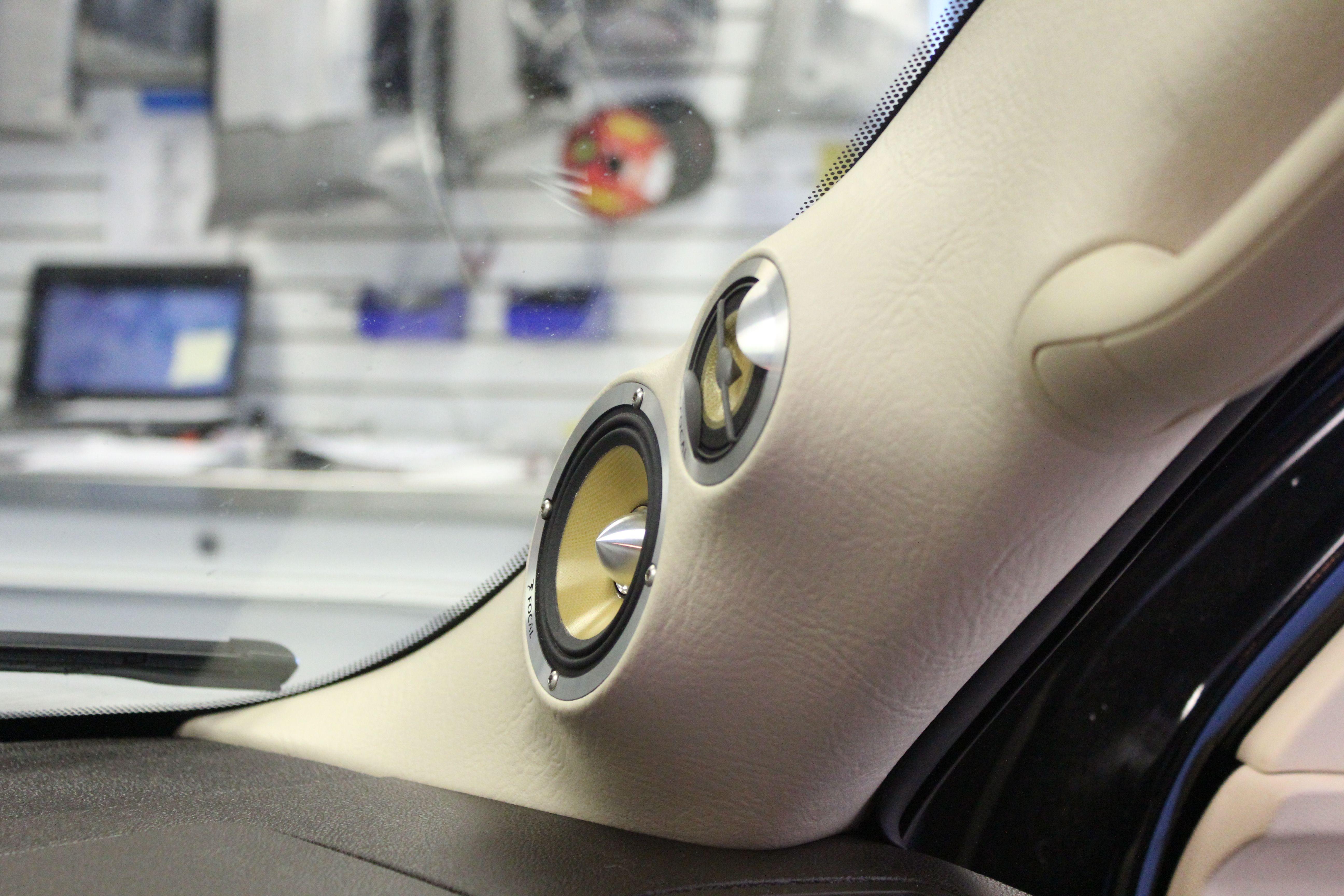 escalade custom a pillar for focal krx3 car amplifier