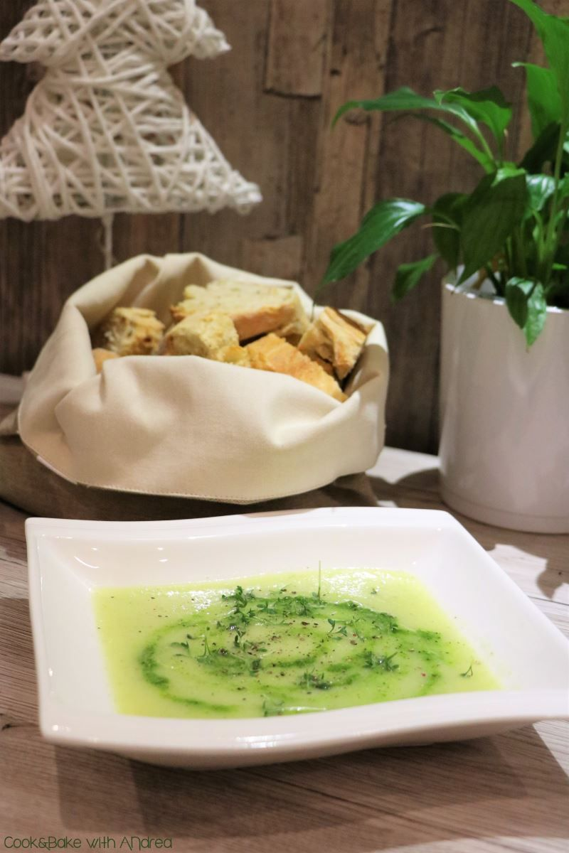 Kohlrabisuppe mit Kräuterpesto   Rezept   Kohl   Pinterest ...