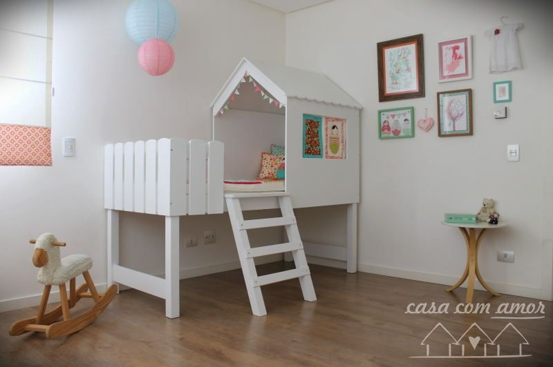 Girl bedroom by Lahna Winter - casacomamor.com
