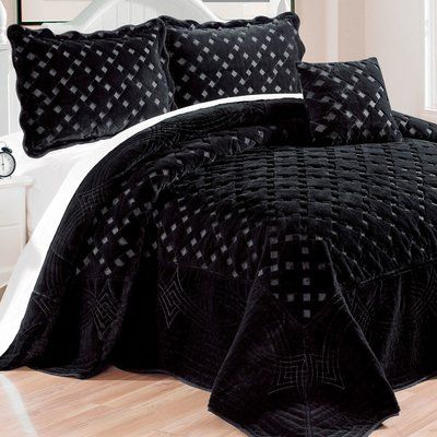 Darby Home Co Sipes 4 Piece Quilted Faux Fur Coverlet Set Size Queen Color Black Bed Spreads Bedspread Set Black Bedding
