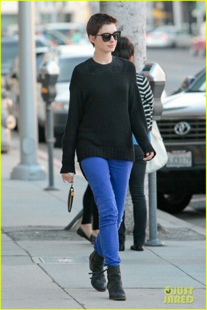 anne hathaway street style 2013 from just jared