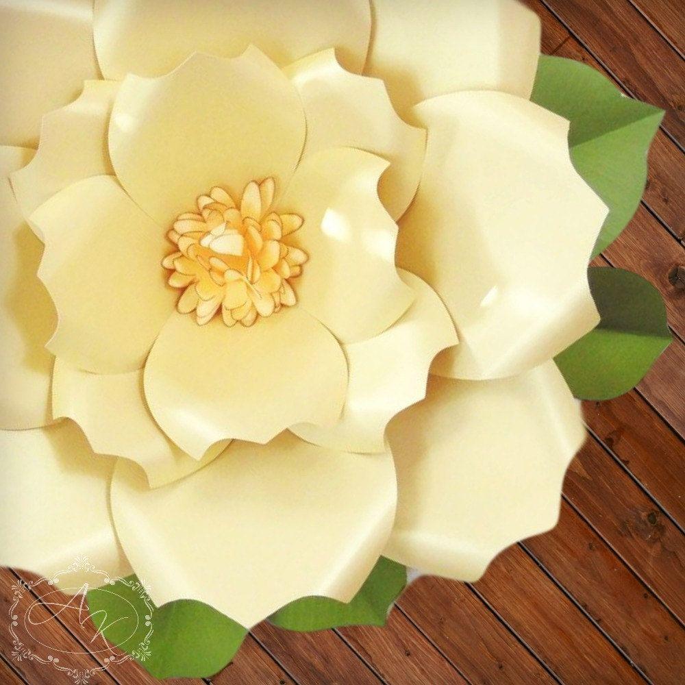 fleurs en papier géantes motifs de bricolage-fleurs & tutoriels