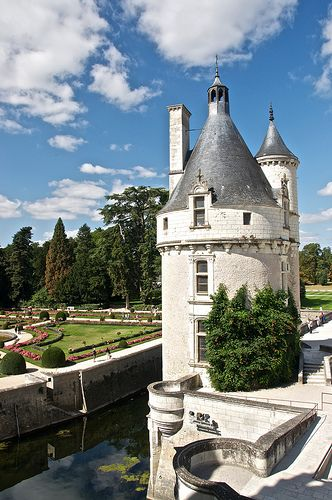 Chenonceau With Images French Chateau Chateau Castle