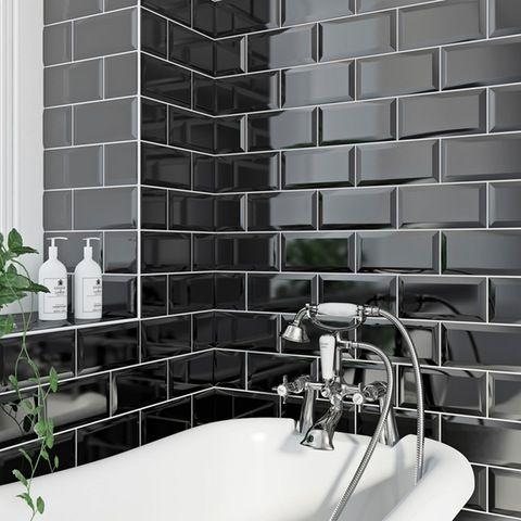 British Ceramic Tile Metro Bevel Black Gloss Tile 100mm X 200mm Salle De Bain Decoration Maison